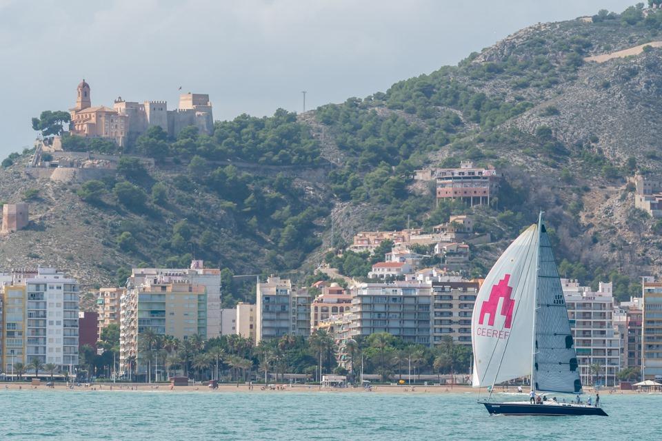 El Barbablu gana el mítico Trofeo Bahía de los Naranjos