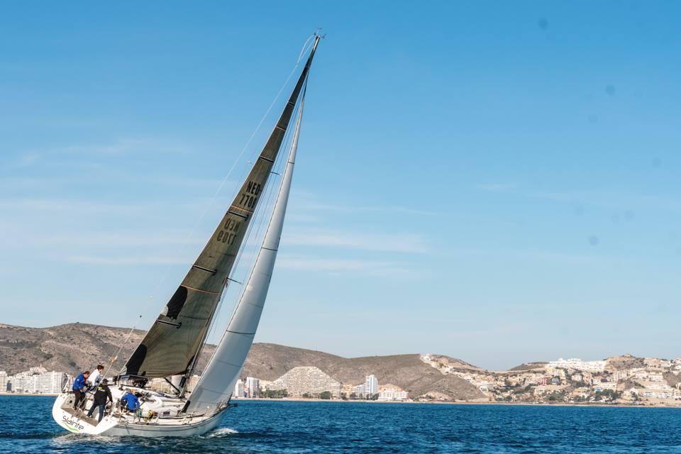 El Slainte se impone en la regata entre Cullera y Oliva
